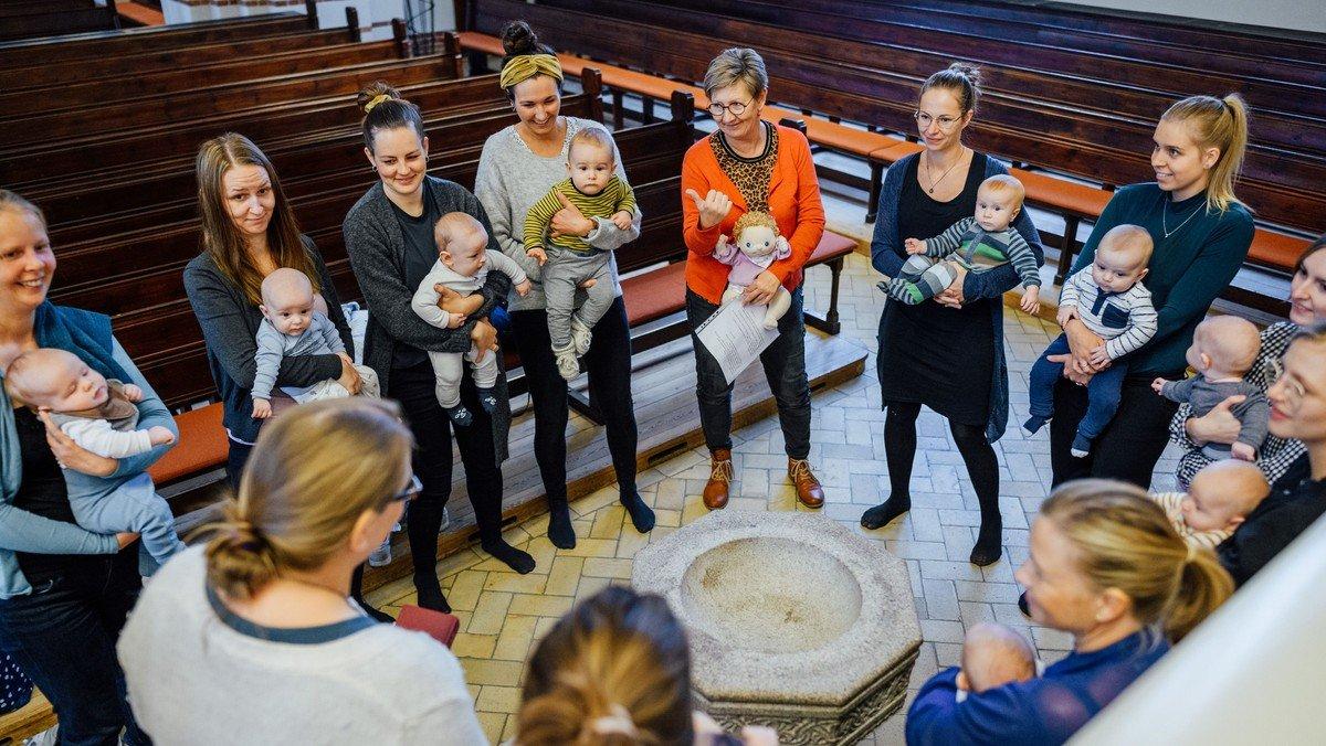 AFLYST - Babysalmesang er aflyst i denne uge