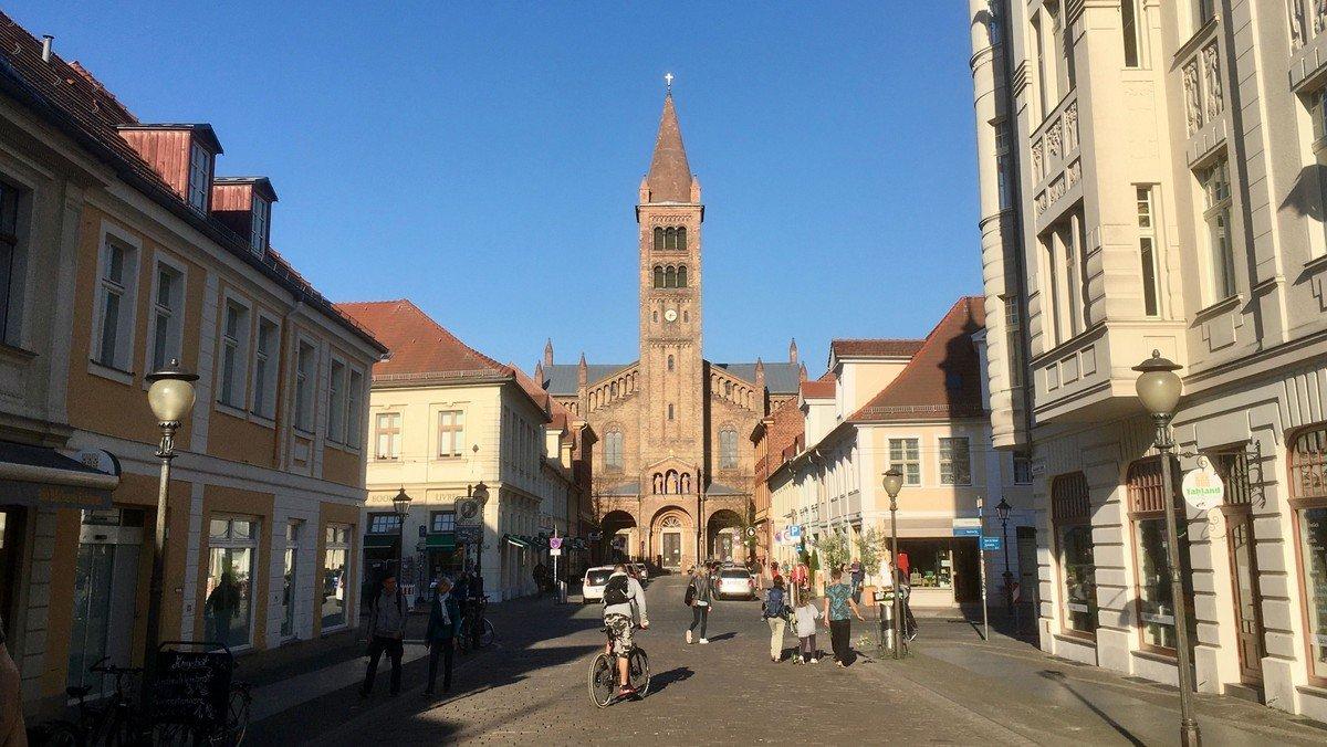 Heilige Messe Potsdam / anschl. Rosenkranzandacht