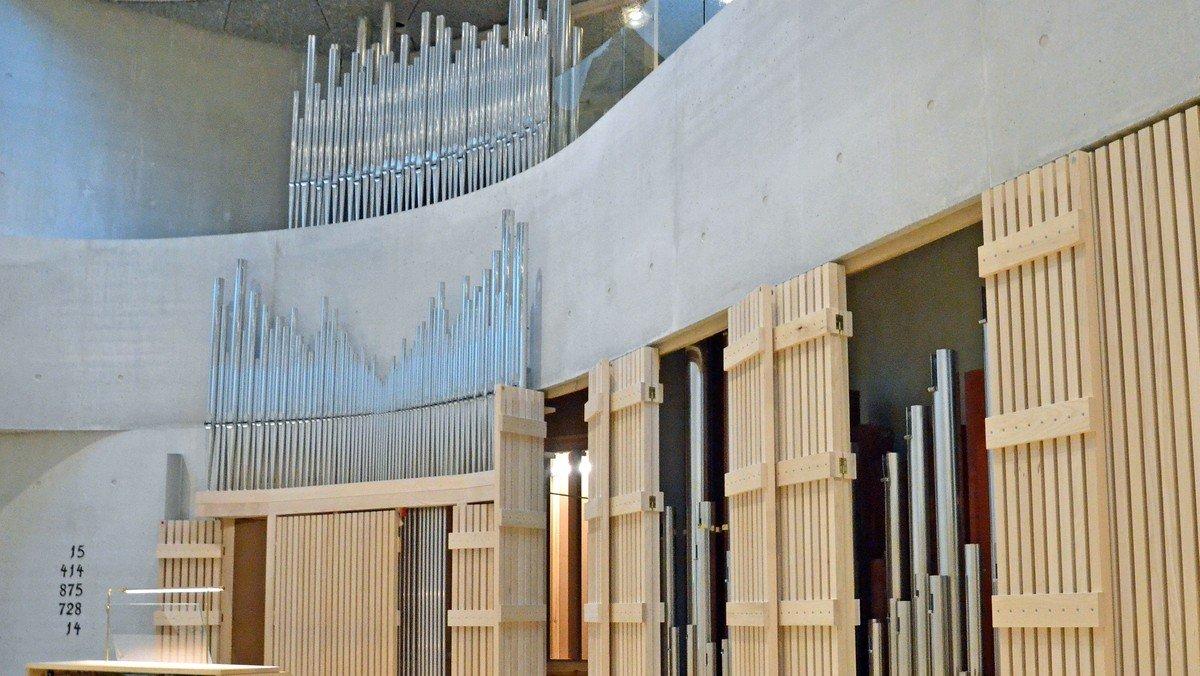 Højmesse med orgelindvielse i Trekroner Kirke