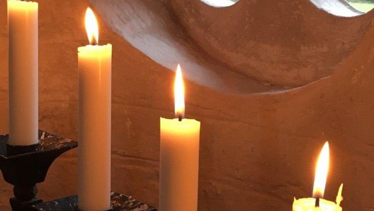 1. s. i advent (nyt menighedsråd præsenteres), Uddrag af Søren Birchs julesuite opføres af Kantoriet