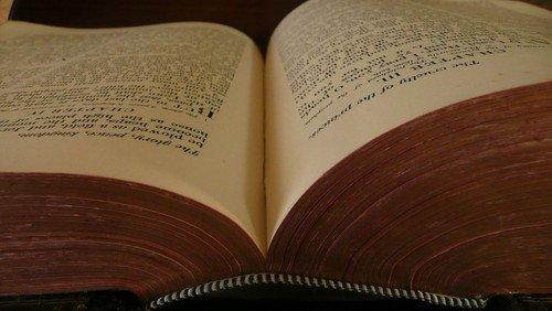!! FÄLLT AUS !!  Bibeldialog im Pfarrhaus