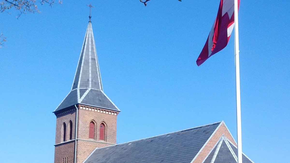 Gudstjeneste + 1 dåb  i Brande Kirke v/Inge Røndal