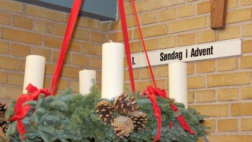 Højmesse med tilmelding (ved at klikke videre ind her, eller i felt nedenfor på hjemmesiden) / 1. søndag i advent ved sognepræst Stig Boel