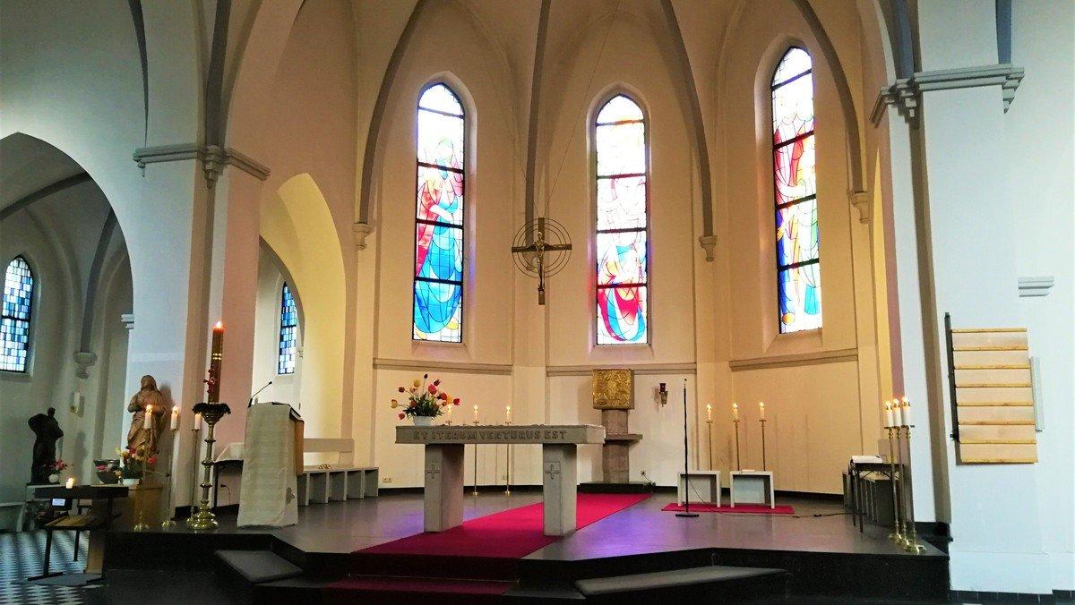 Vesper und Anbetung des Allerheiligsten - in St. Joseph