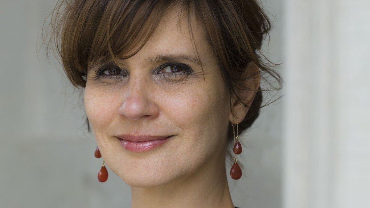 En aften i godt selskab: Mellem løgn og overlevelselse - m Birgithe Kosovic