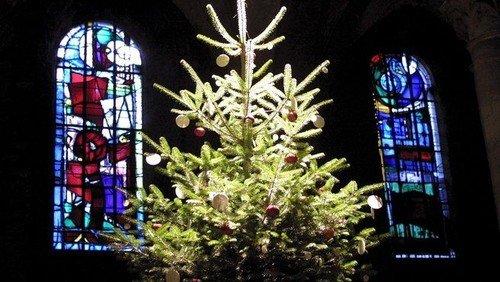 Juletræstænding ved Kirkens Hus