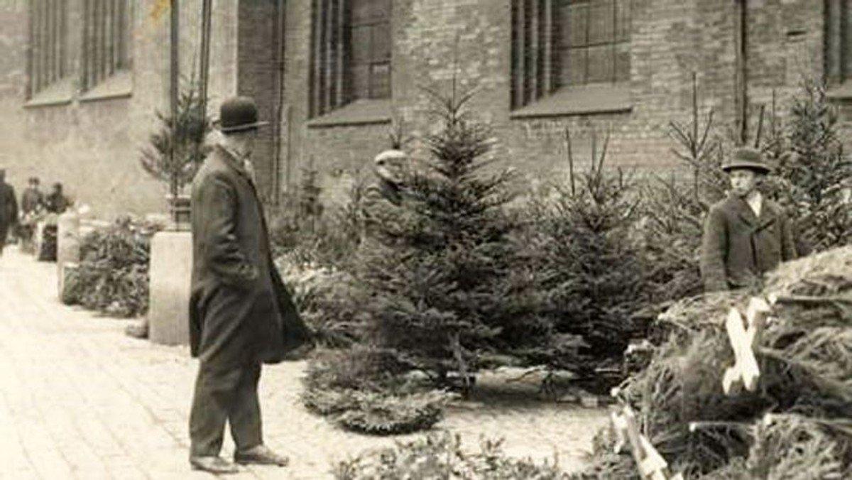 """Højskoleeftermiddag ved Henning Frandsen - """"Den danske jul og dens mange traditioner"""""""