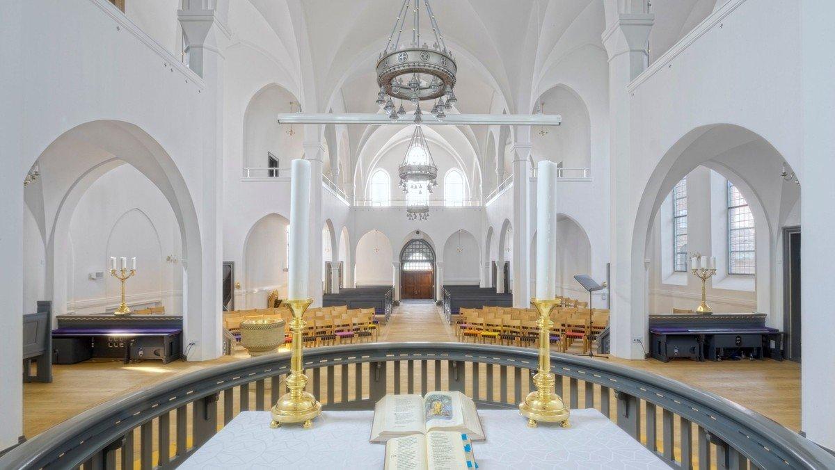 Gudstjeneste v. Trine Amalie Fog Christiansen og Jesper Engholm