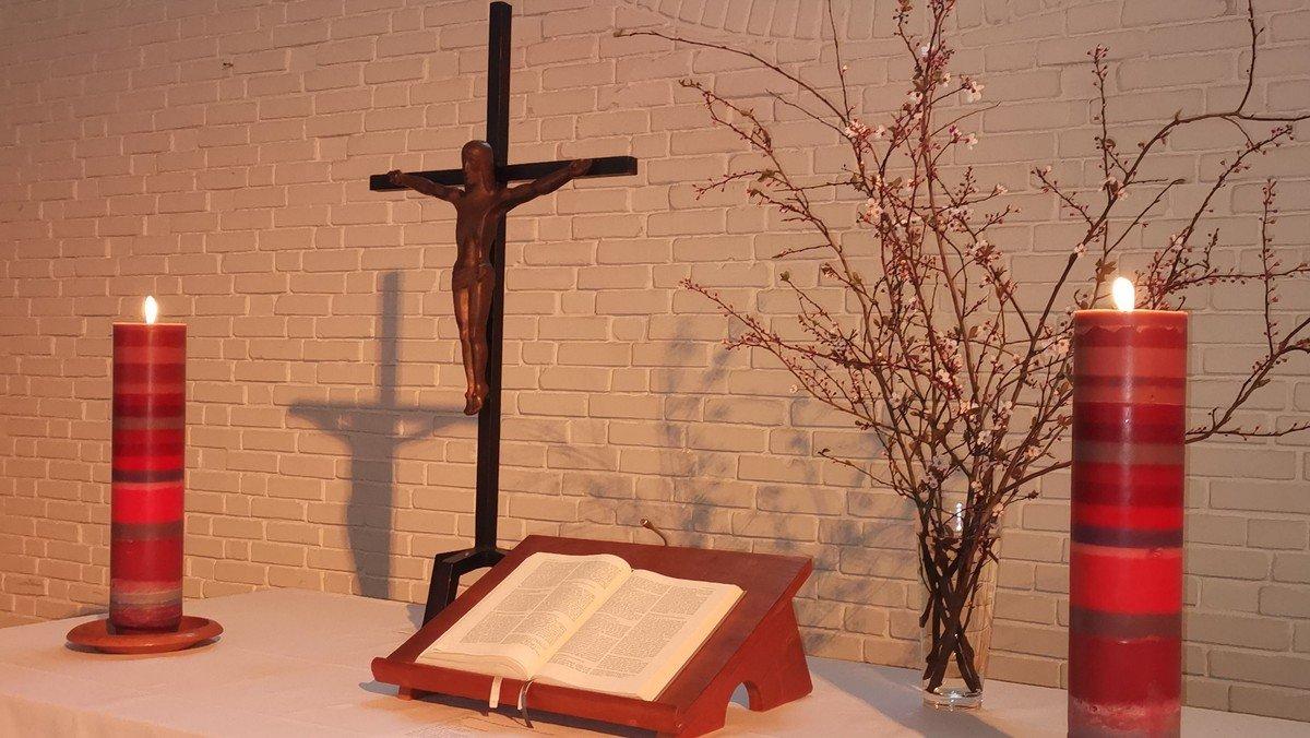 """Offene Kirche mit Ausstellung """"Corona und Ich"""""""