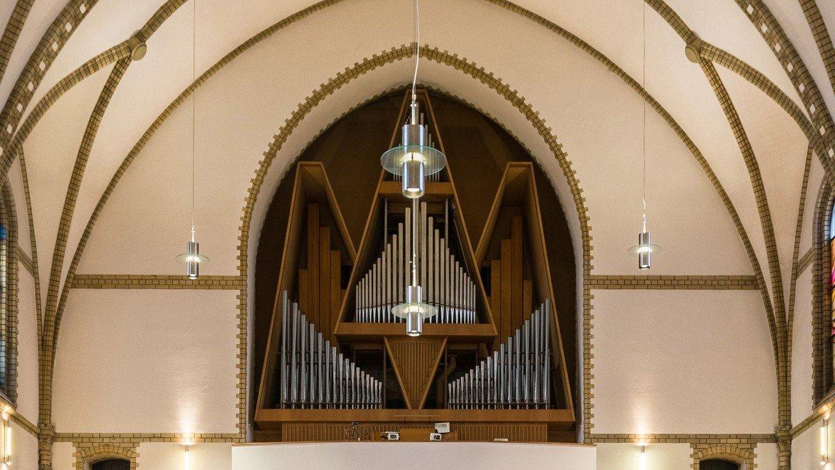 Adventssingen mit Orgel in der Trinitatiskirche