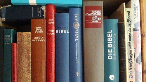 Fällt aus: Gespräch um die Bibel
