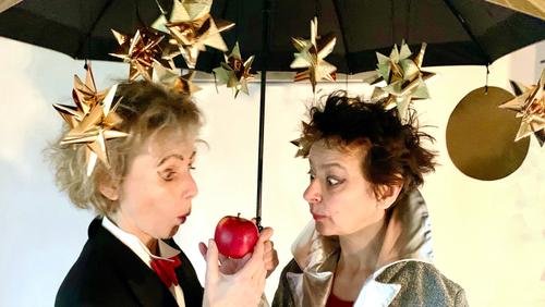 ÆBLET forestilling for børnehaverne Svanen og Blangstedgård