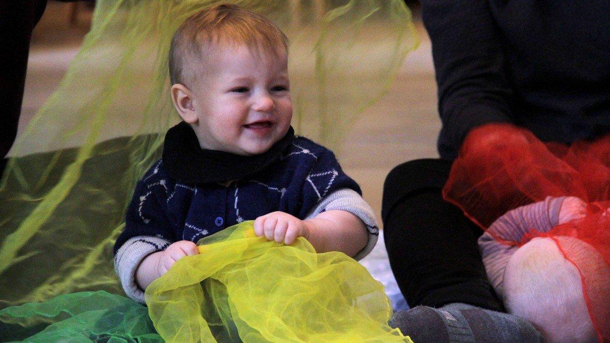 AFLYST Babysalmesang v/musikpædagog Ulla Abildgaard