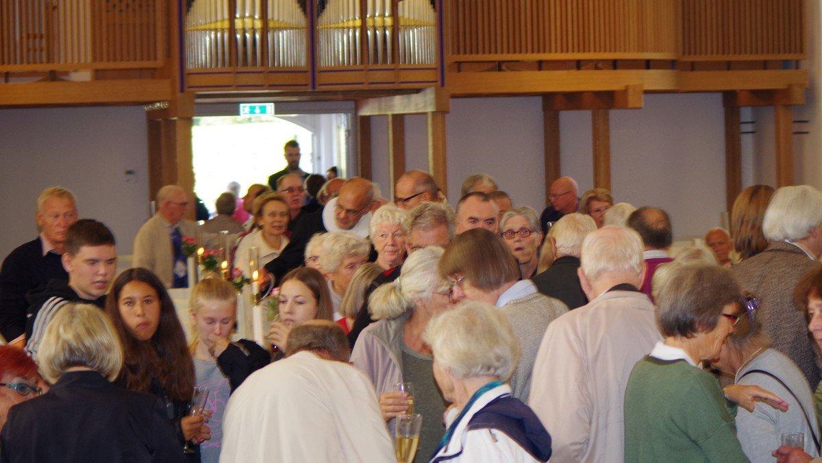 Familiegudstjeneste med krybbespil ved Mona Høgh og Hans-Henrik Ross