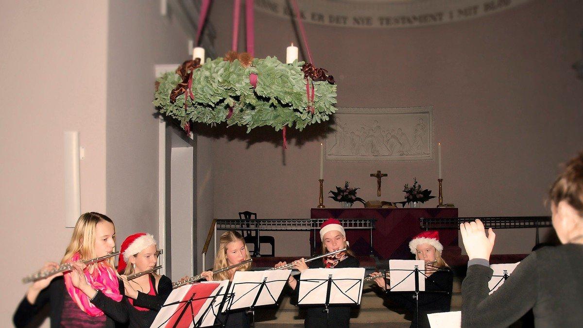 Adventskoncert i kirken med Hørsholm Musikskole. TILMELDING