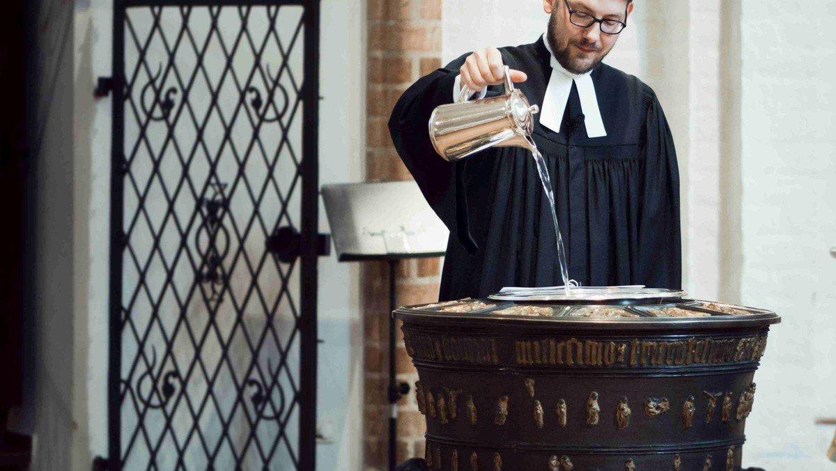 Gottesdienst mit Tauferinnerung