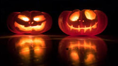 Halloween på Kirkegården for børn og deres familie