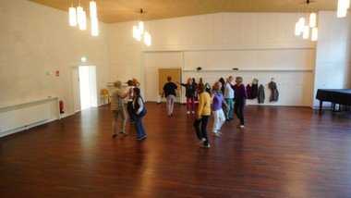 Freude am Tanzen mit Abstand