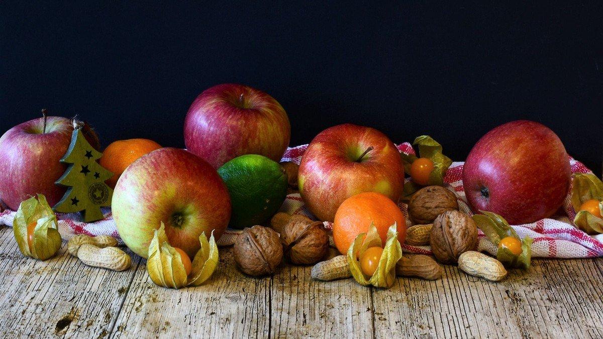 Von reifen Früchten & harten Nüssen – Erntedank-Pilgern in Berlin Mitte