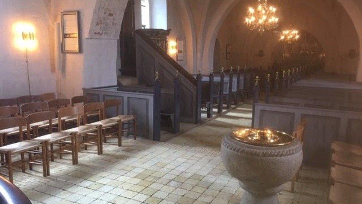 Gudstjeneste i Smørum Kirke - 19. s. efter Trinitatis fra anden række