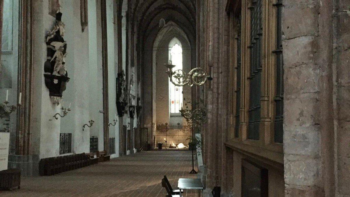 Kirchenführung um 12 Uhr im September
