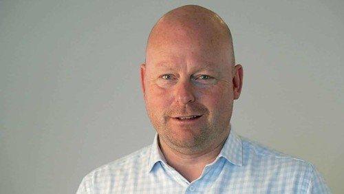 Fredagsrundstykker med Jesper Gisli: Chefredaktør i medvind og modvind