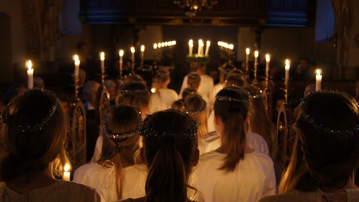 AFLYST Luciagudstjeneste i Valløby Kirke