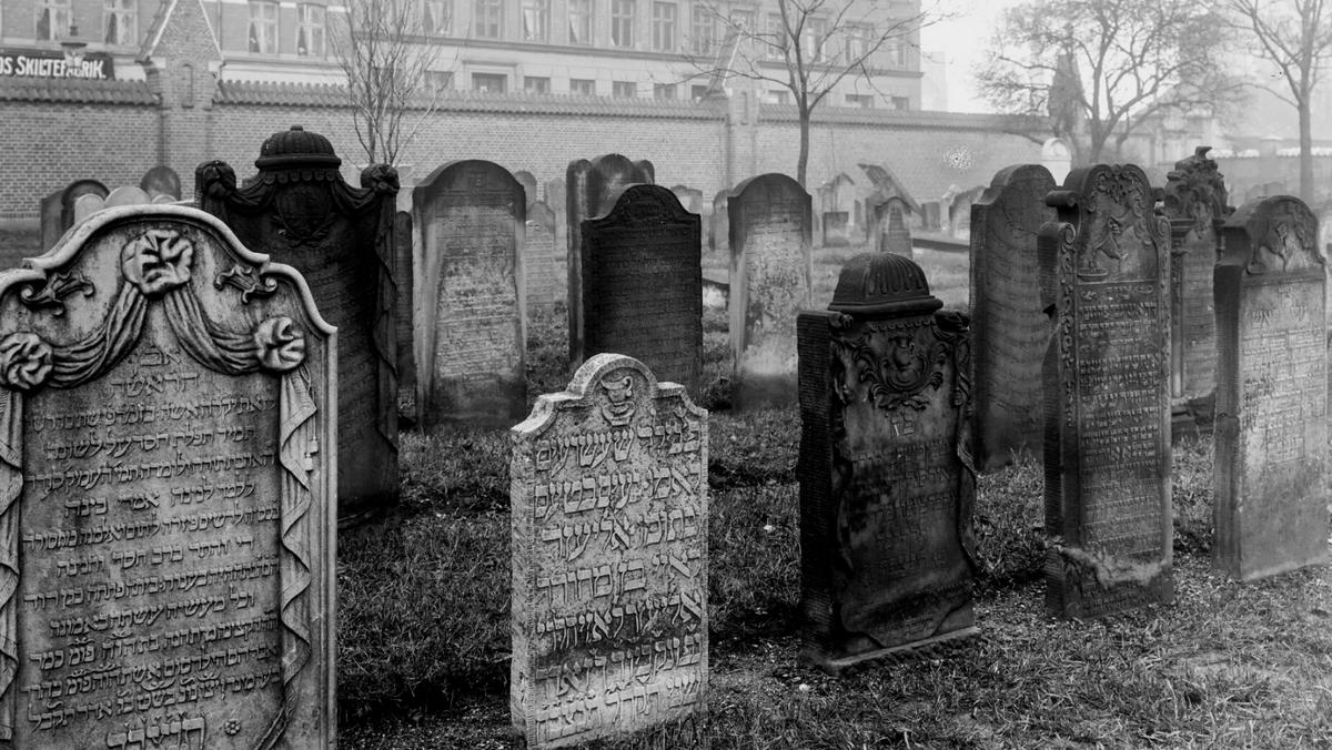 Rundvisning på den jødiske kirkegård