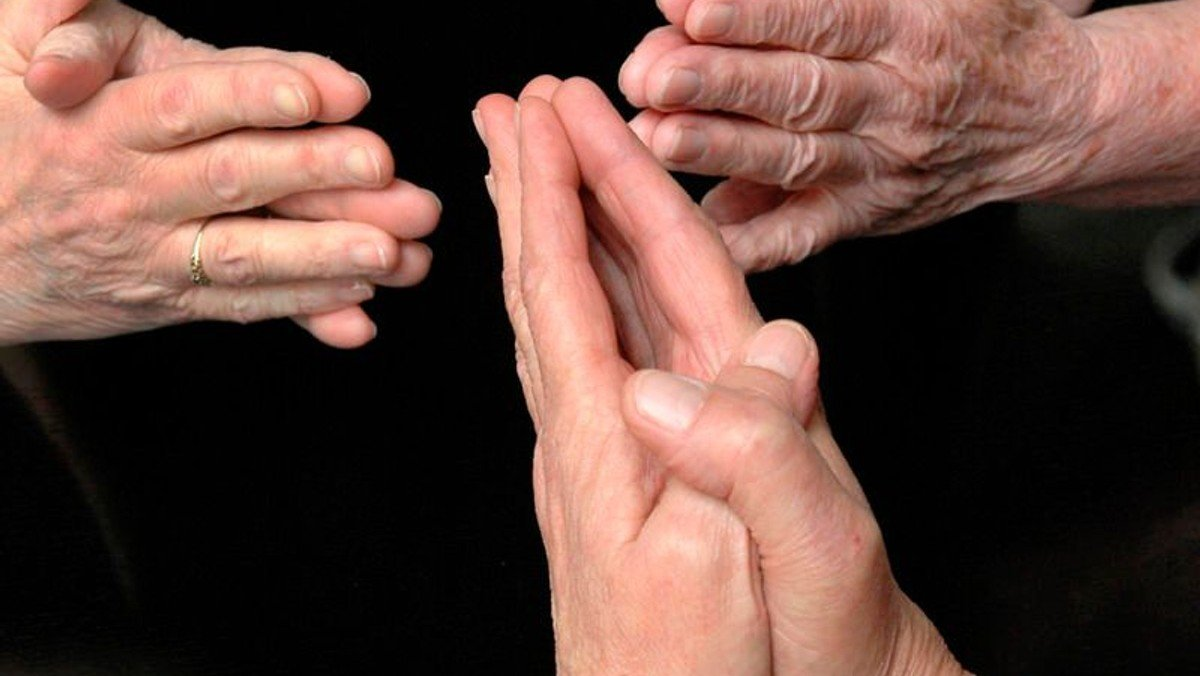Gebetskreis mit Pfr. i.R. Dr. Röber
