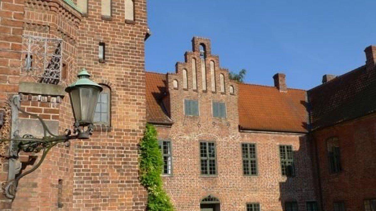 Højmesse i  Roskilde Kloster Kirke