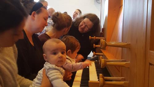Babysalmesang i Arden Sognegård