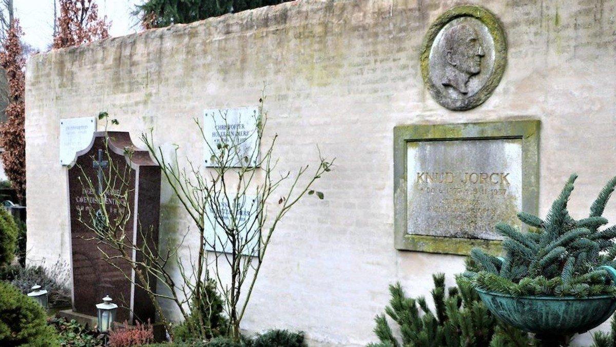 Møde med de døde - på Frederiksberg Ældre Kirkegård