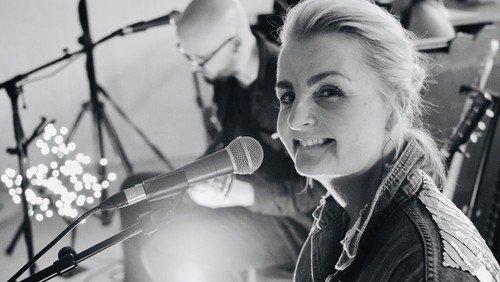 UDSOLGT Spil Dansk koncert Anja og Jacob