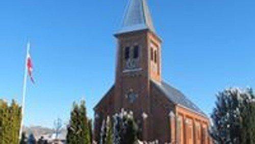 Gudstjeneste   i Gludsted kirke