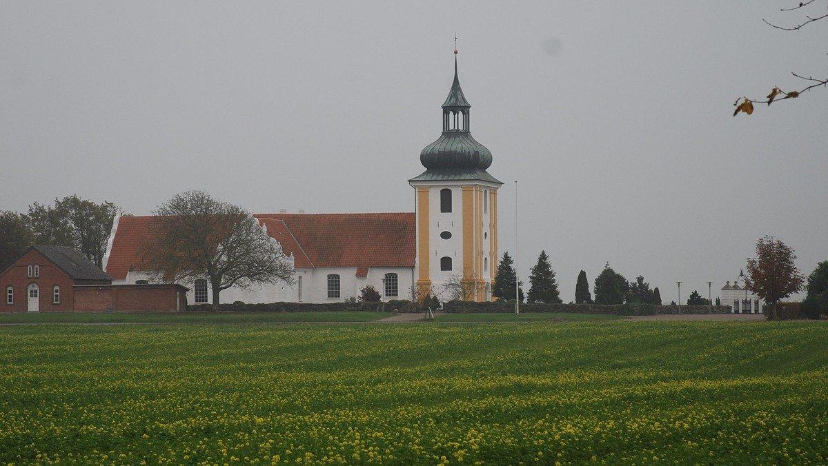 Gudstjeneste i Husby Kirke