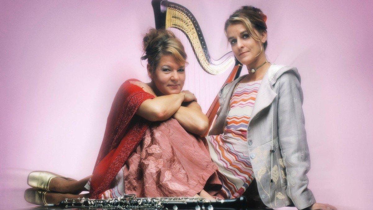 Koncert, deux femmes
