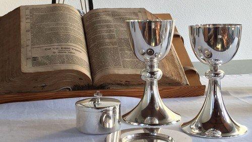 Gottesdienst mit Abendmahl  und goldener Hochzeit in Hephatha