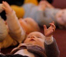 Babysalmesang kl. 11.15 (2-7 måneder, husk tilmelding)