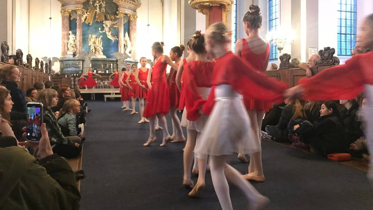 AFLYST! Balletgudstjeneste v/ Susanne Møller Olsen