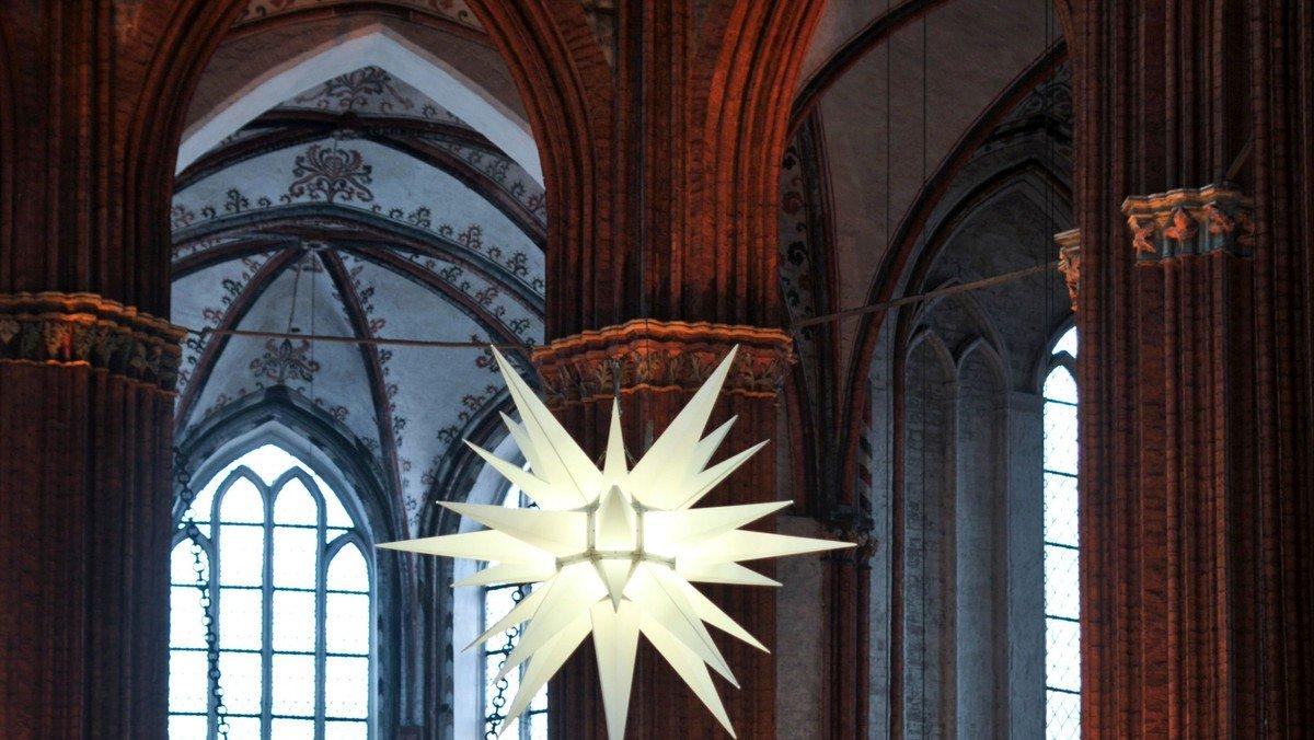 Am 24.12. von 12 -24! Heiligabend im Radio auf Lübeck FM 98,8 - ein feines und abwechslungsreiches Programm.