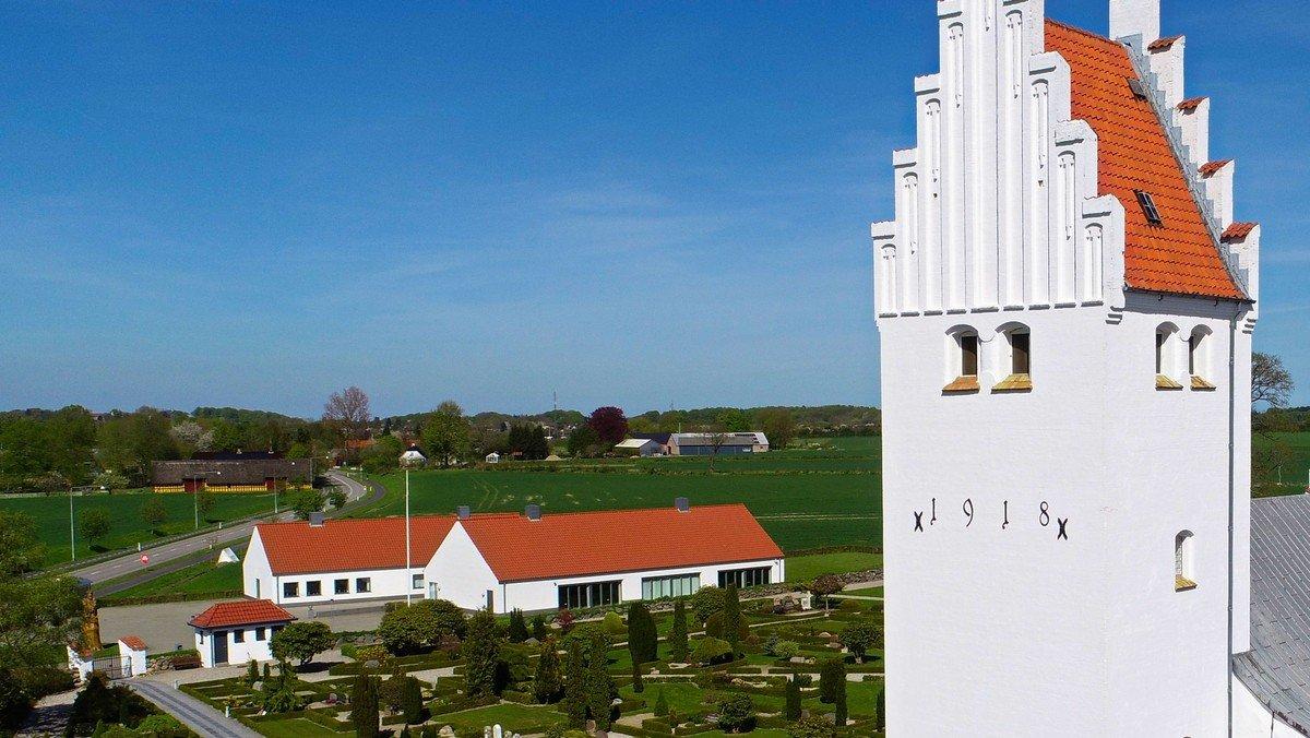 Gudstjeneste Gauerslund Kirke med dåbsjubilæum kl. 11.00 v. HL/VHP