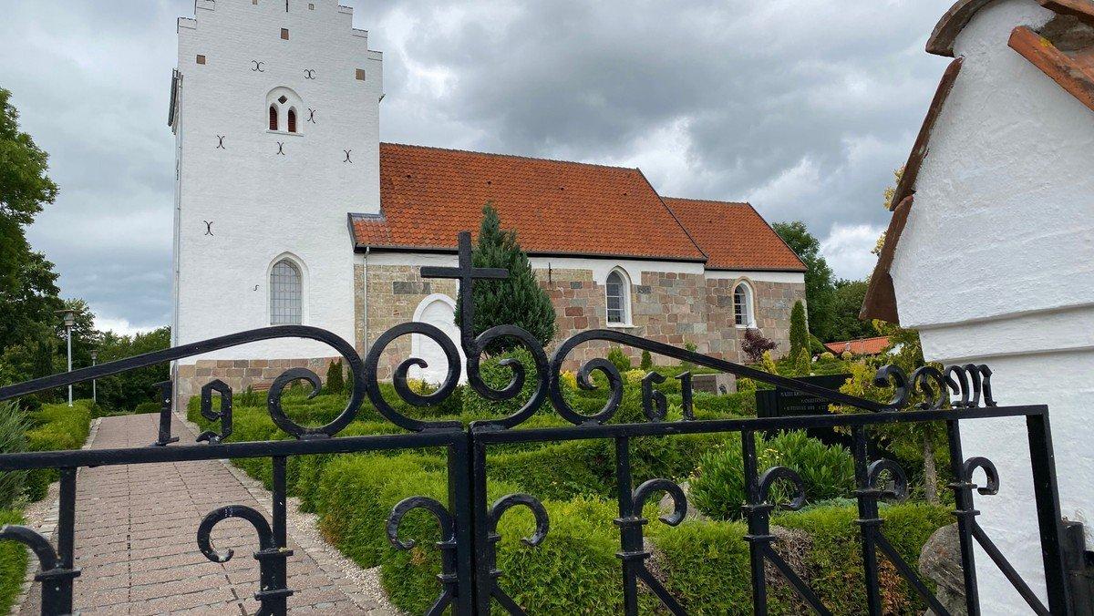 Gudstjeneste i Gug Kirke v/Mette Tved
