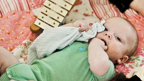 AFLYST:  Babysalmesang med tilmelding