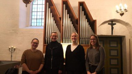 Optakt til påskeugen med Hellevad-Ørum Kirkekor i Hellevad Kirke