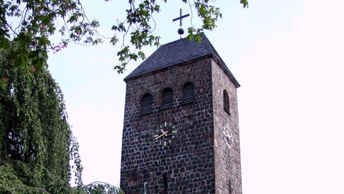 Gottesdienst zum 3. Advent mit Keyboard, Gospel- und Lobpreismusik in der Dorfkirche Schönefeld