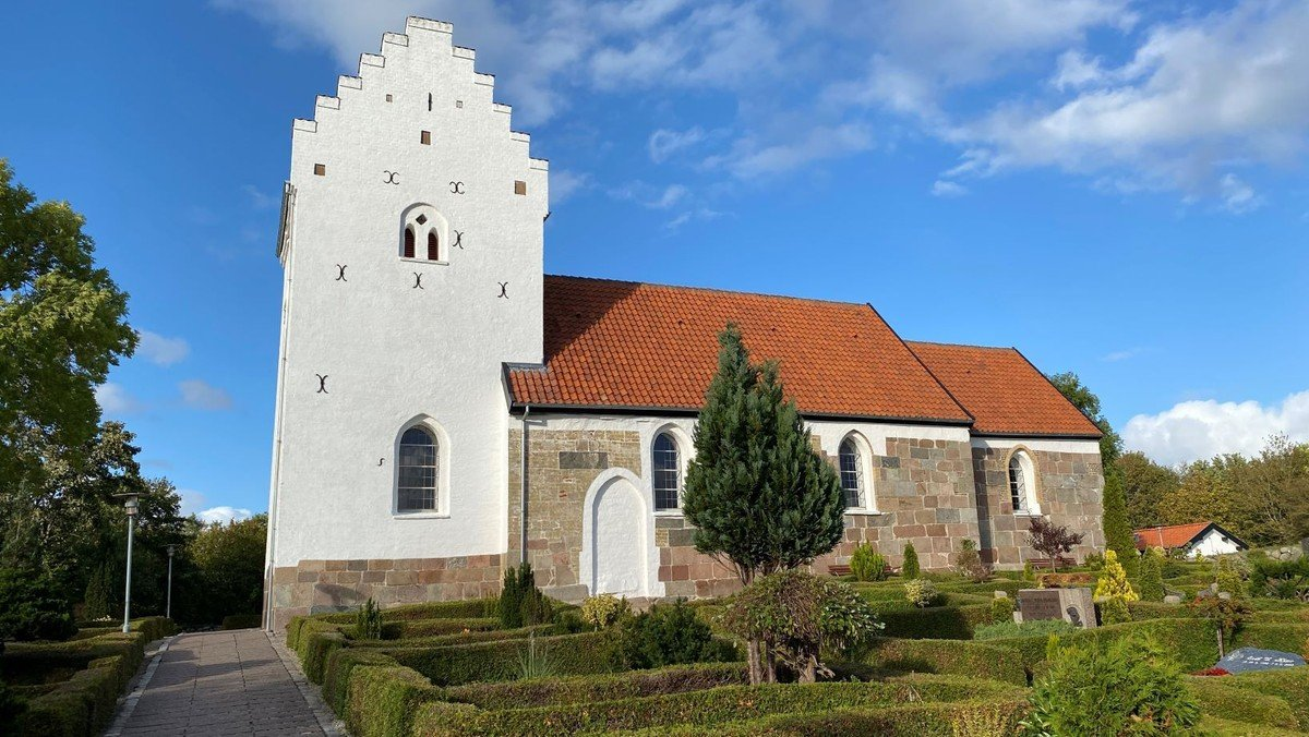 Gudstjeneste Sønder Tranders Kirke v/ Line Vesterlund