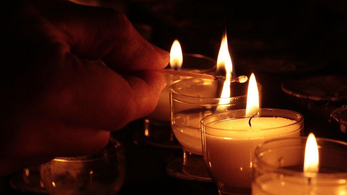 Offene Kirche zum Gedenken der Verstorbenen