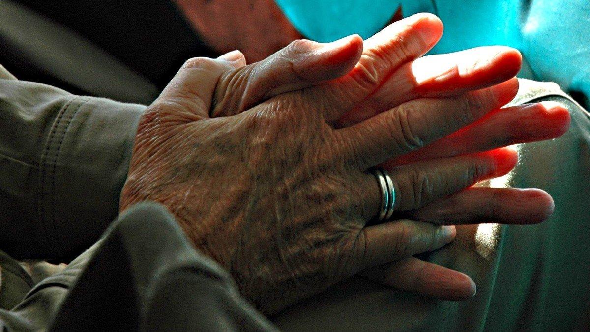 Morgengudstjeneste ved Karin Thanning i krypten
