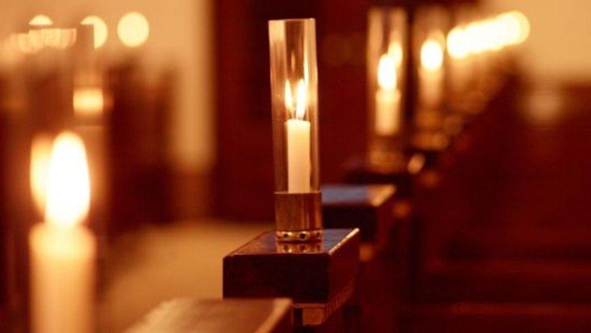 Gudstjeneste i Karlslunde Kirke v CF
