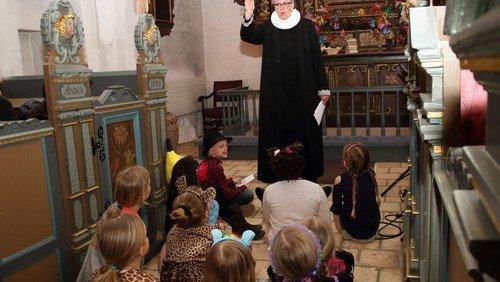 Gudstjeneste i Karlslunde Kirke v KS